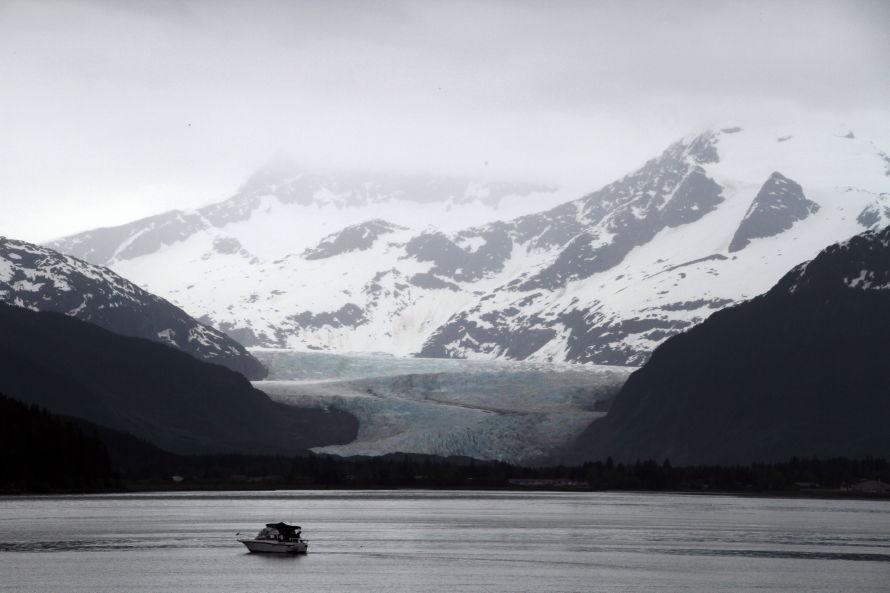 Mendenhall glacier alaska for Juneau alaska fishing