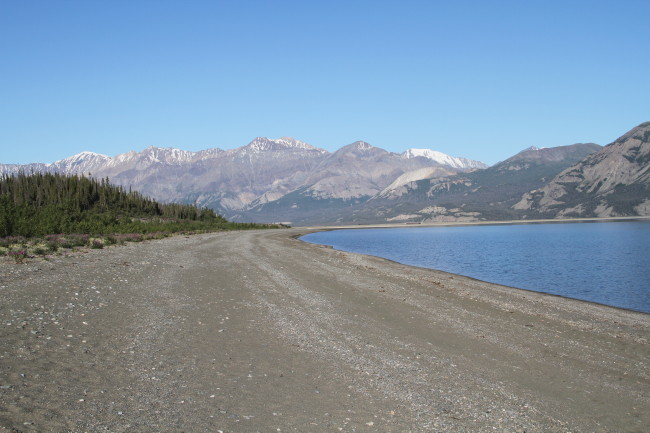 Kluane Lake Viewpoint (Alaska Highway Km 1642.1), Yukon