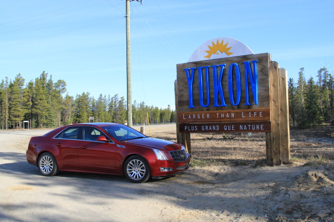Alaska Highway Km 970.6 - Welcome to the Yukon pullout