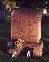 Mollie Walsh's grave