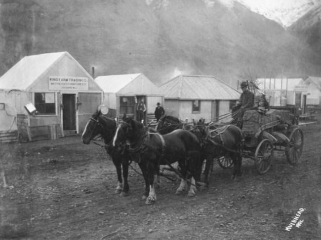 Businesses along the waterfront at Conrad City, Yukon, in 1906.