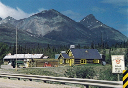 Mackintosh Lodge, Alaska Highway