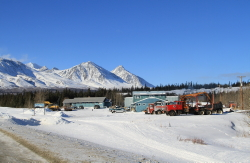 Bear Creek Lodge (Mackintosh Lodge), Alaska Highway