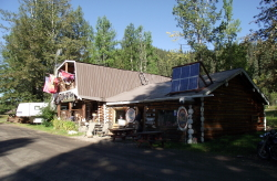 Tetsa River Lodge, Alaska Highway