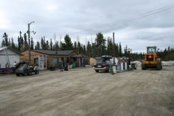 Swift River Lodge, Alaska Highway