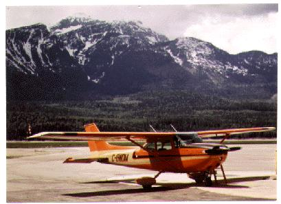Cessna Skyhawk CG-WDM at Dease Lake, British Columbia